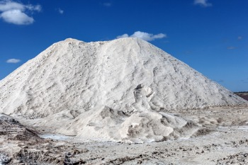 Rock Salt vs  Ice Melt: The Differences You Need to Know