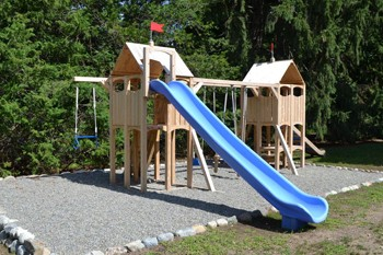 Should I Use Pea Gravel For Playgrounds